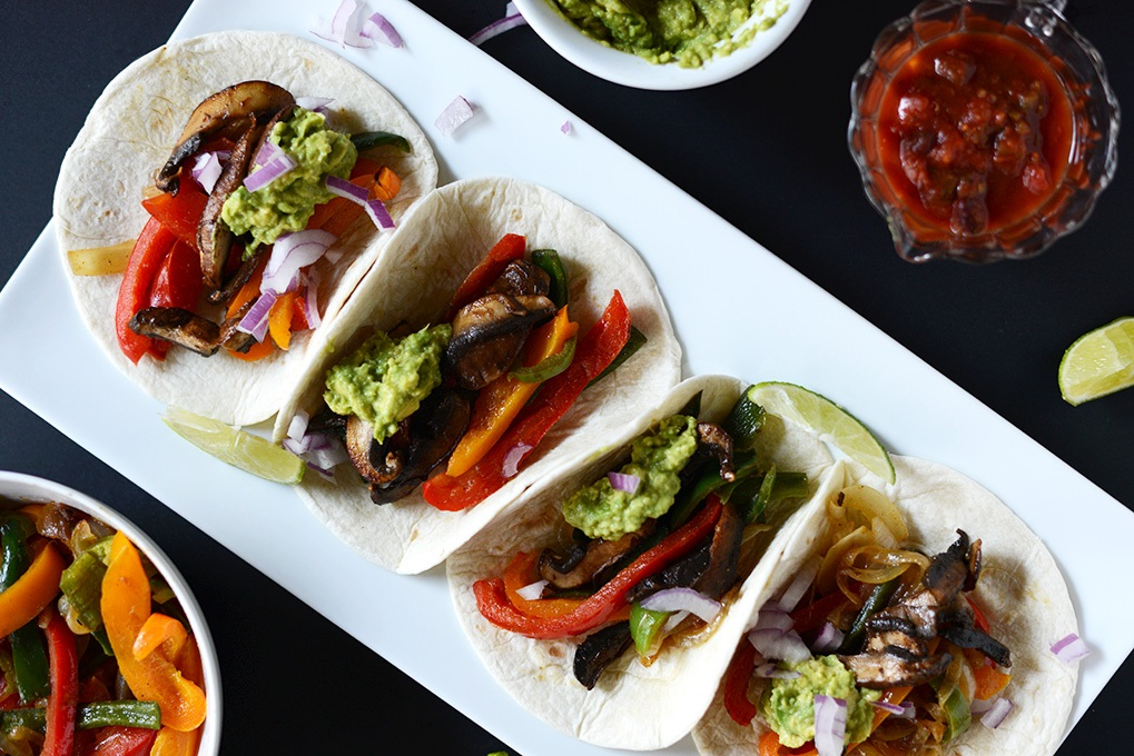 Vegan-Fajitas-with-Poblanos-and-Portobellos-minimalistbaker.com_